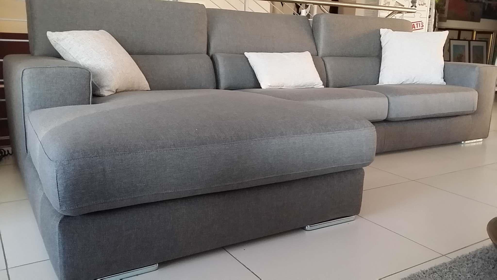 Outlet divano ditre italia antigua divani a prezzi scontati for Outlet del divano