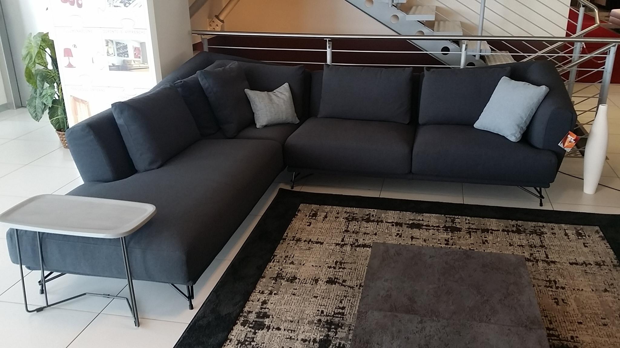 autlet divani - 28 images - divano outlet calia divani a prezzi ...