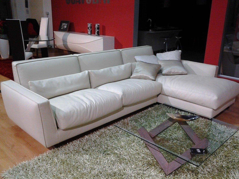 Outlet divano mod mizar divani a prezzi scontati for Outlet arredamento puglia