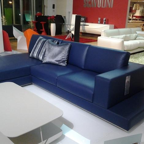 Outlet salotto mod travel divani a prezzi scontati for Outlet arredamento puglia