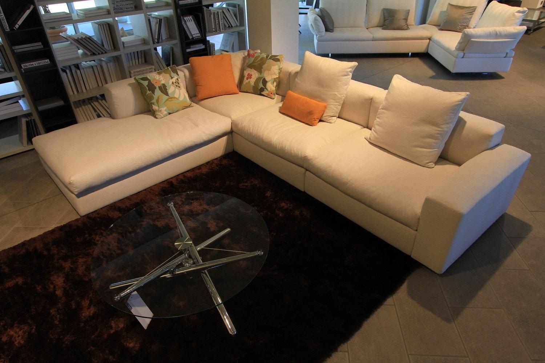 Poliform salotto dune divani a prezzi scontati for Poltrona poliform prezzo