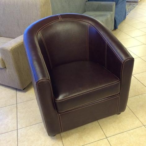 Poltrona design pelle divani a prezzi scontati for Poltrona design pelle