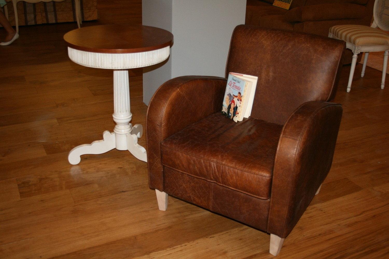 Poltrona in pelle vintage divani a prezzi scontati for Poltrone finta pelle