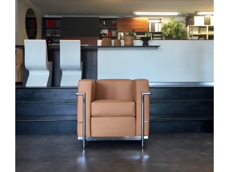 Poltrone Design In Offerta.Poltrona Lc2 Art E 8 P Le Corbusier Esprit Nouveau Offerta Outlet