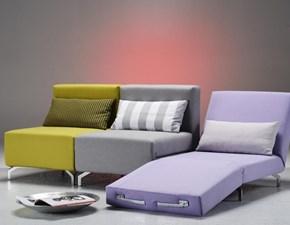 Poltrona letto Family Bedding modello Voilà. Poltrona letto con misure ridotte e chaise longue. Imbottitura indeformabile. Rivestito in tessuto sfoderabile.