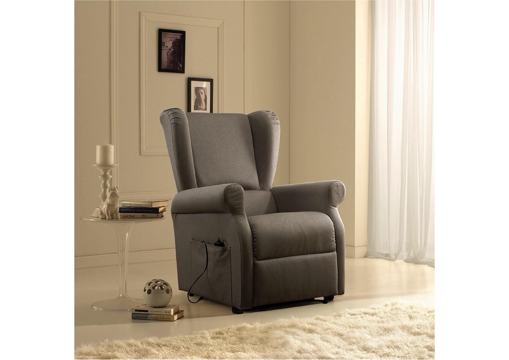 Poltrona relax mod berg re scontata divani a prezzi scontati - Poltrona relax design ...