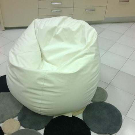 Poltrona sacco tonin scontata divani a prezzi scontati for Poltrona di fantozzi