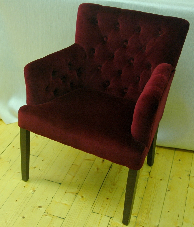 Poltrona velluto divani a prezzi scontati - Poltrone letto piccole dimensioni ...