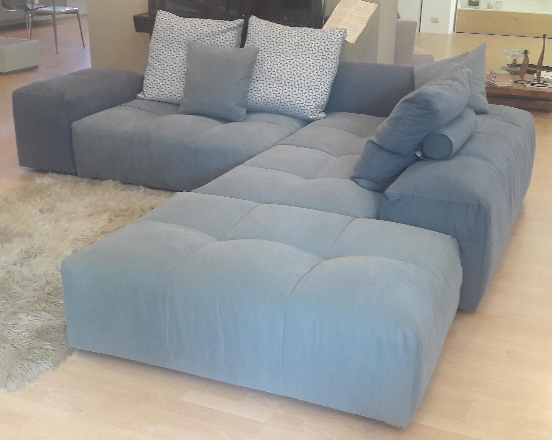 Divano di design saba salotti pixel divani a prezzi scontati for Salotti di design