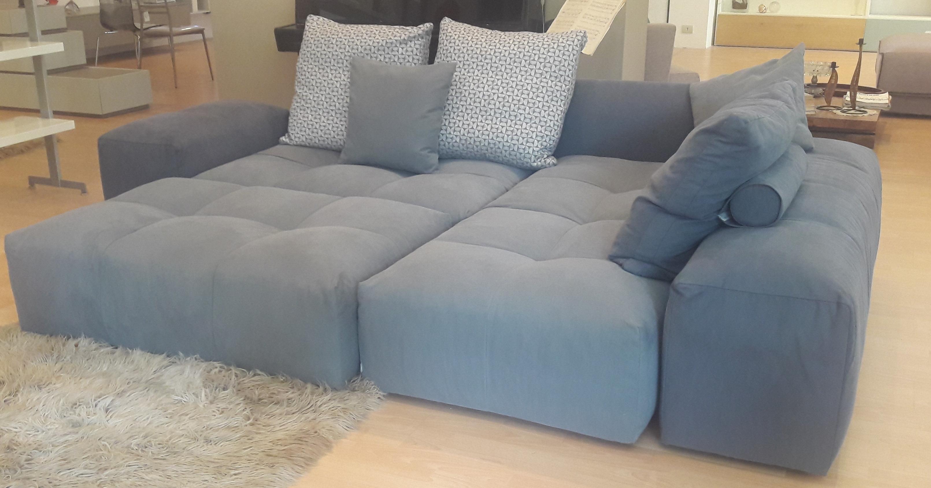 Divano di design saba salotti pixel divani a prezzi scontati for Divani saba prezzi