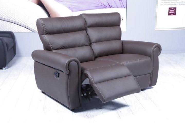 Divano modello icaro scontato del 58 divani a prezzi - Divano rosso pelle ...
