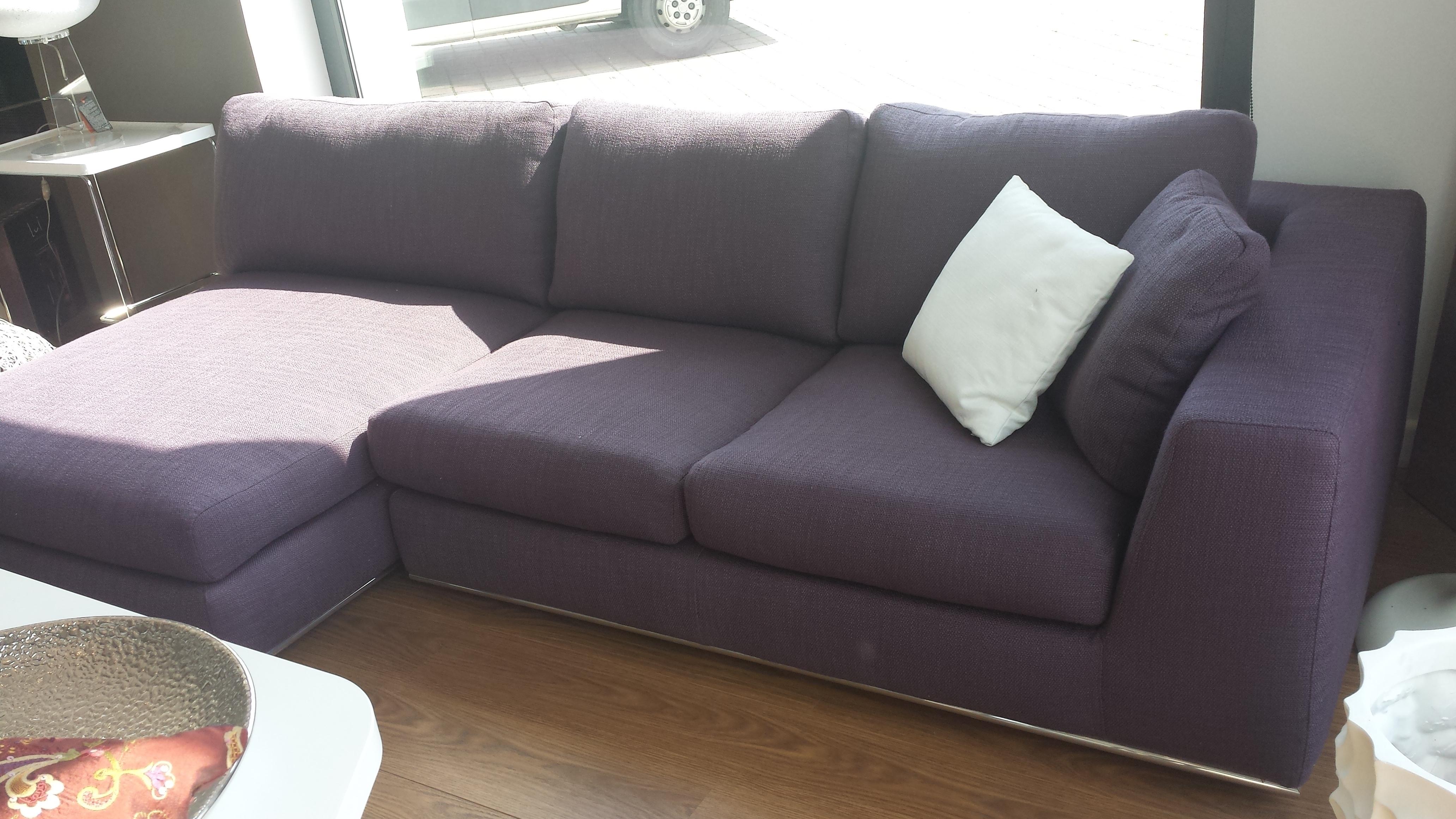 Divano salvetti prugna scontato del 40 divani a - Divano color prugna ...