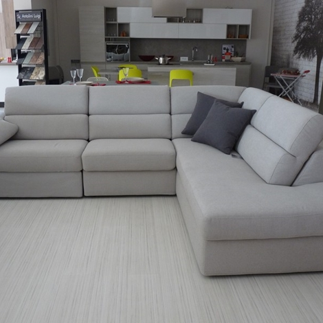 Divano Angolare Con Relax ~ Idee per il design della casa