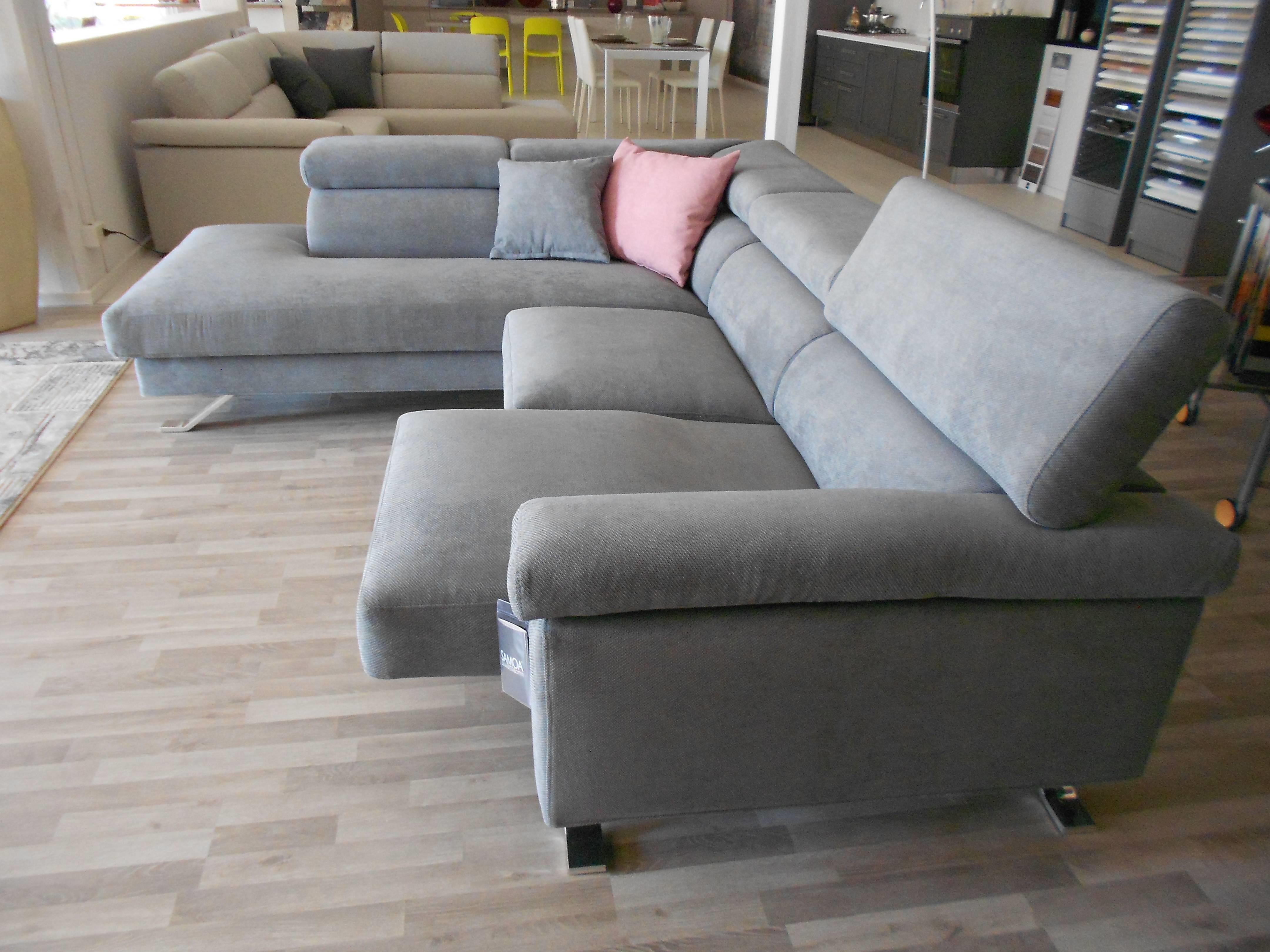 Samoa divano shine divano con penisola tessuto divani a - Salotto con divano blu ...