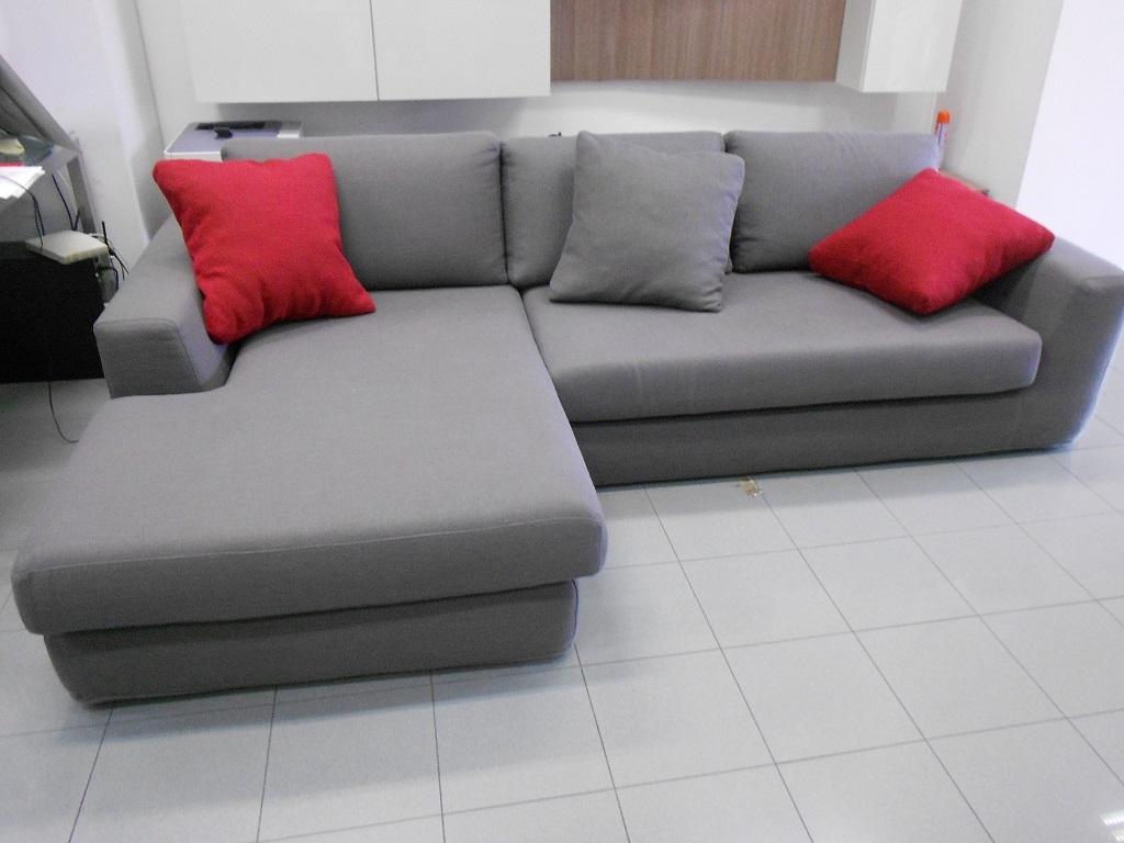 Samoa divano station scontato del 47 divani a prezzi for Divani rossi in pelle