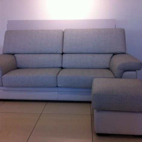 Sconti esposizione divani a prezzi scontati for Sconti divani