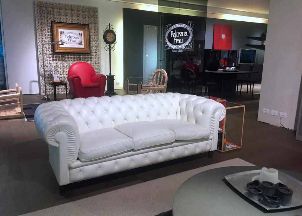 Poltrona frau divano chester scontato del 30 divani a for Poltrona chester