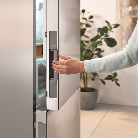 m ele elettrodomestico frigo congelatore da incasso kf37132 id elettrodomestici a prezzi scontati. Black Bedroom Furniture Sets. Home Design Ideas