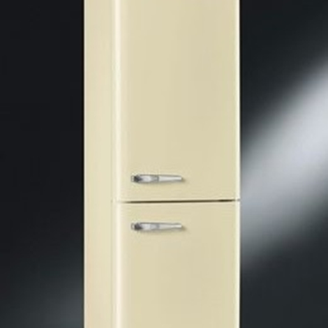 frigo bombato smeg vari colori elettrodomestici a prezzi scontati. Black Bedroom Furniture Sets. Home Design Ideas