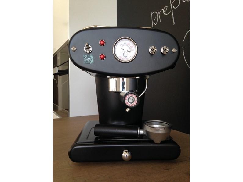 Macchina da caffè macinato X1 Francis Francis, colore nero, Illy Caffè,  scontata del 45%