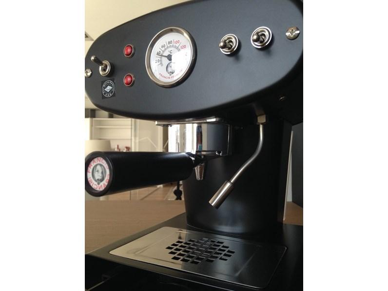 https://www.outletarredamento.it/img/elettrodomestici/macchina-da-caffe-macinato-x1-francis-francis-colore-nero-illy-caffe-scontata-del-45_N4_152861.jpg