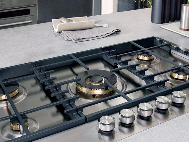Piano cottura kitchenaid modello khmd577510 for Grandi piani del ranch