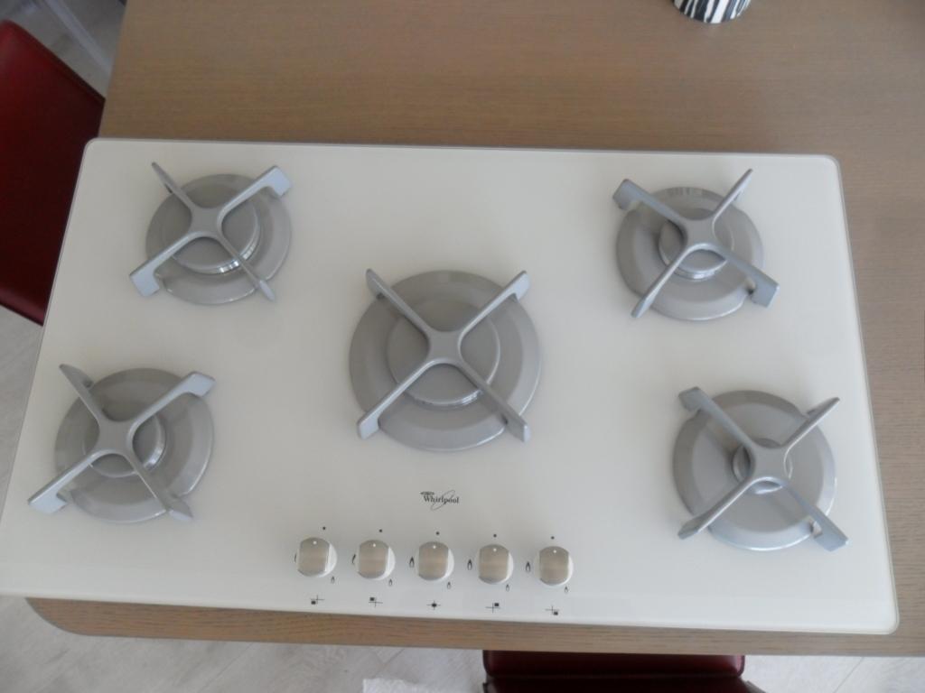 Piano cottura whirlpool akt933 wh scontato del 75 for Piani e prezzi domestici