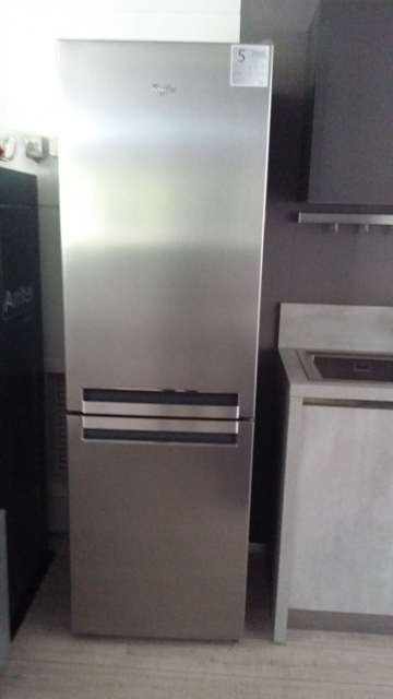 Elettrodomestico Whirlpool Whirlpool frigorifero combinato ...