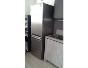 Elettrodomestico Whirlpool Whirlpool frigorifero combinato bsfv8122ox supreme easycool classe a++ capacità lorda / netta 352/338 litri colore inox scontato del -46 %