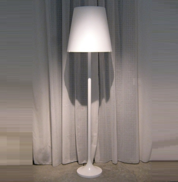Illuminazione Fontana Arte Art. 2482 lampada da terra, lumen ...