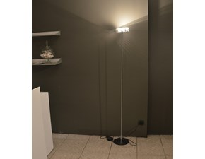 Lampada Design modello Brera. Lampada a terra con asta in acciaio cromato. Offerta Outlet Mobilgross. Scontata del -52%.