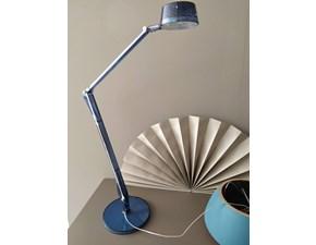 Lampada da tavolo in plastica Aledin Kartell a prezzo Outlet