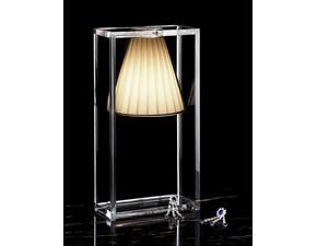 Lampada da tavolo in plastica Light-air Kartell a prezzo Outlet