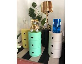 Lampada da tavolo in plastica Light air Kartell a prezzo scontato