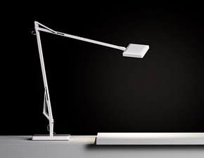 Lampada da tavolo stile Design Kelvin edge base Flos con forte sconto