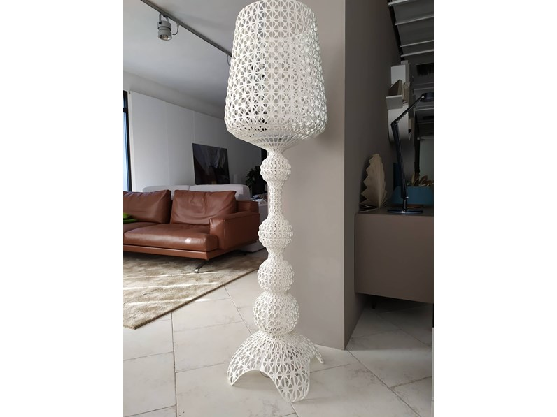 Lampada da terra Kartell Kabuki stile Design a prezzi convenienti