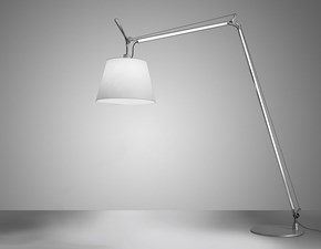 Lampada da terra stile Moderno Tolomeo maxi Artemide in offerta outlet