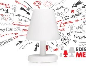 Lampada Fatboy modello Edison the Medium. Lampada da tavolo in colore bianco con tre metri di cavo accensione.
