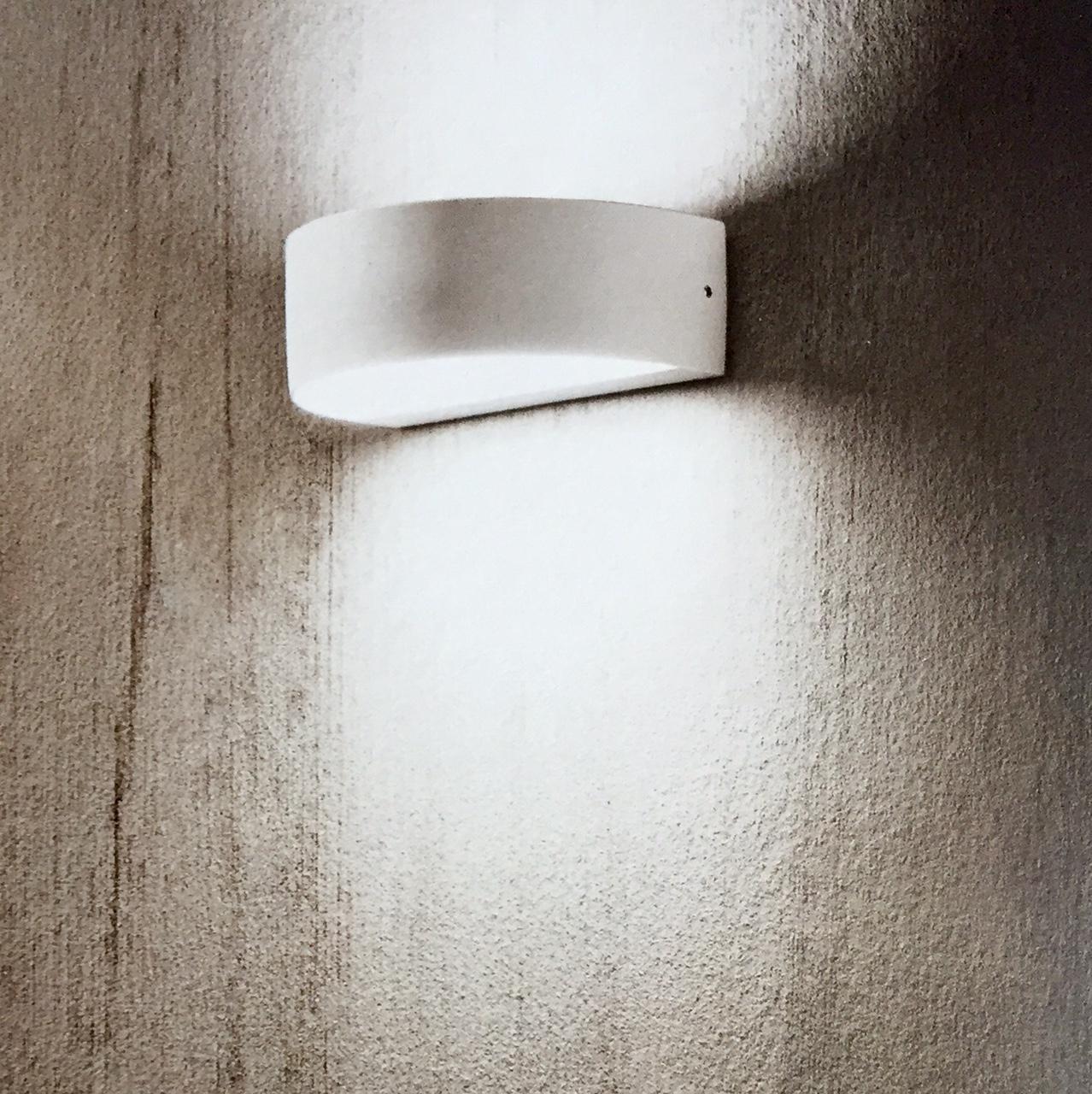 Lampada led a parete per esterno ed interno ip54 ati led for Lampada led interno