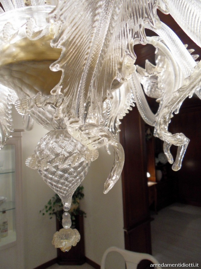 Lampadario in vetro dorato di Murano in offerta ...