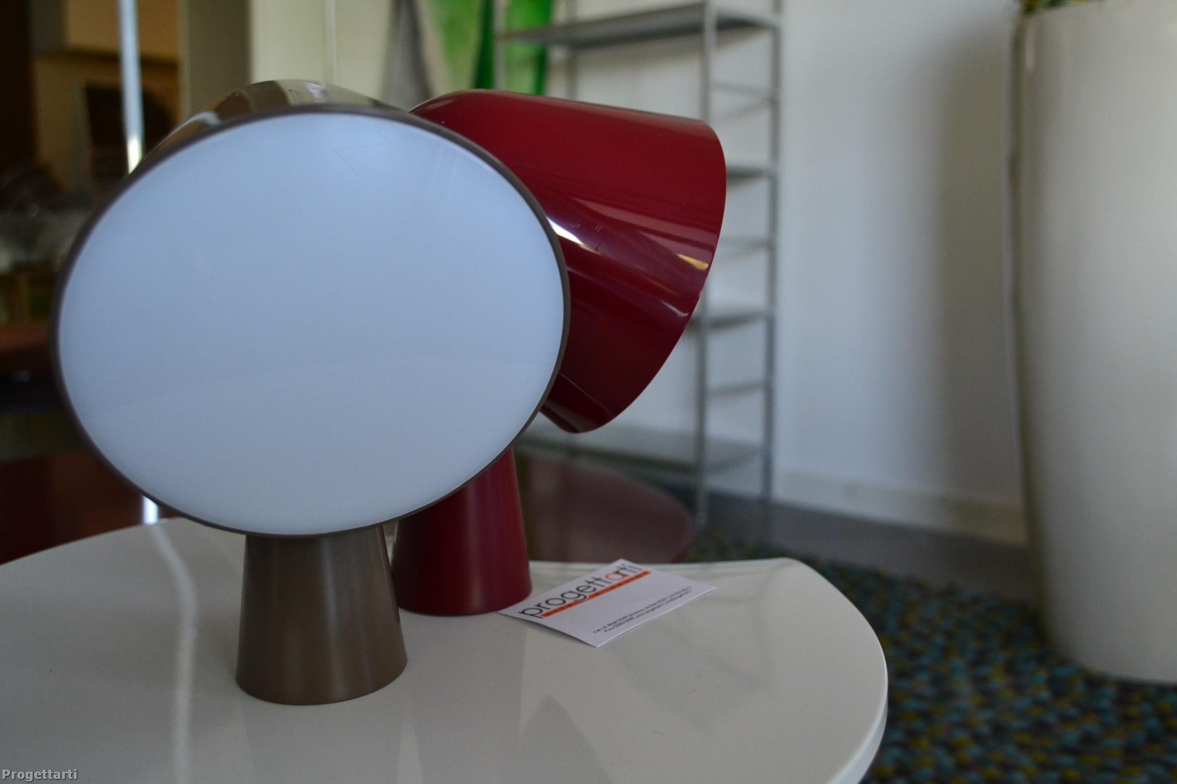 Luce tavolo binic foscarini illuminazione a prezzi scontati for Luce da tavolo