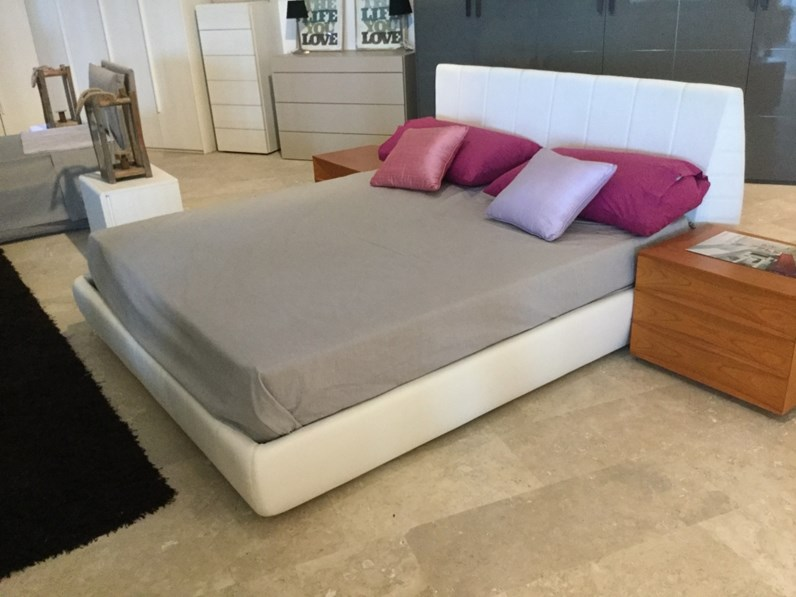 Mercantini Camere Da Letto.Letto Amadeus Mercantini In Offerta Outlet