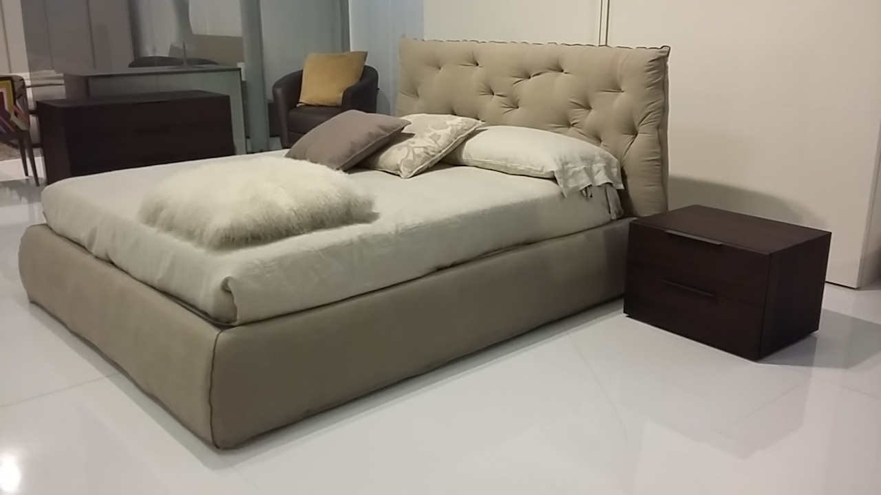 Testiere Letto Imbottite Prezzi : Testiere letto con cuscino ...