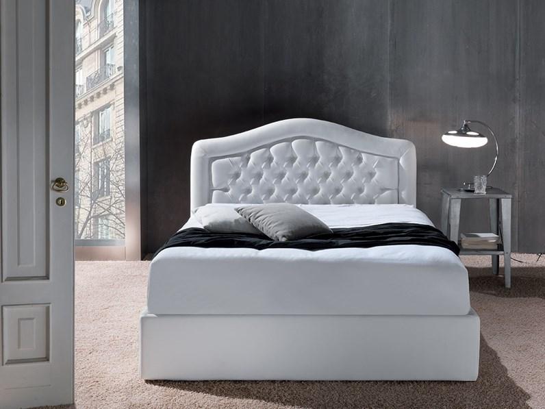 Letto crippa divani letti letto avorio imbottiti scontato for Outlet letti design