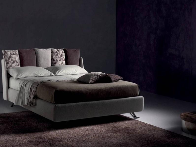 Letto design con gambe imbottito fun di samoa - Gambe del letto ...