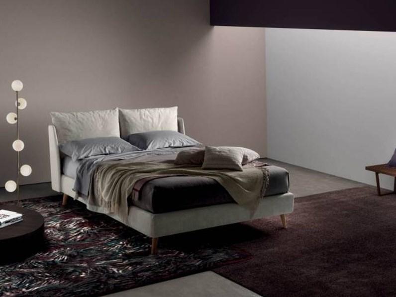 Letto design con gambe imbottito fun di samoa letti a prezzi scontati - Gambe del letto ...