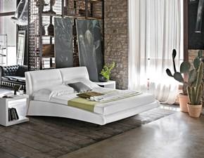 Letto design con gambe Stromboli Target point a prezzo ribassato