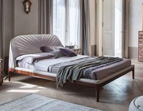 Letto design con gambe Tonin casa letto michelangelo  Tonin casa a prezzo scontato