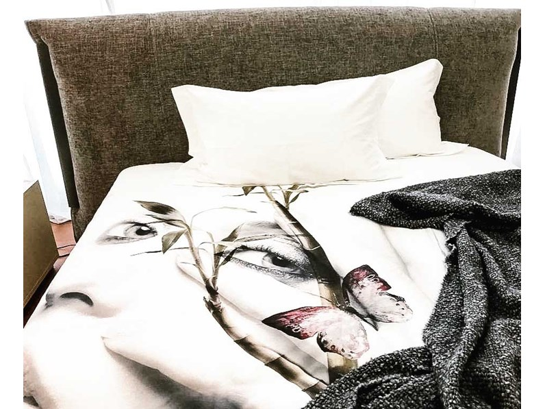 Biancheria casa design copripiumino flou visione flou con for Outlet letti flou