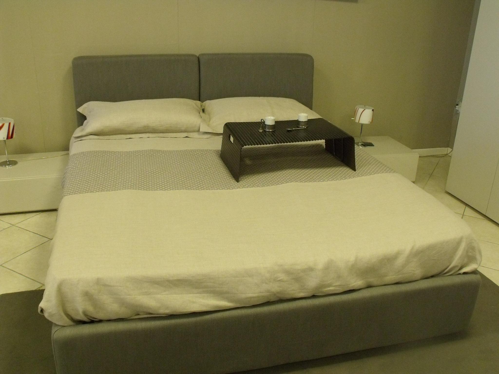 Letto dorelan letto dante scontato del 35 letti a - Parti del letto ...